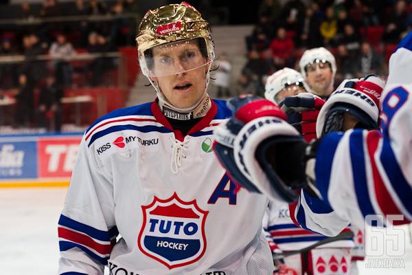 Ville-Vesa Vainiola vahvistaa TUTOn joukkuetta alkavalla Mestis-kaudella.