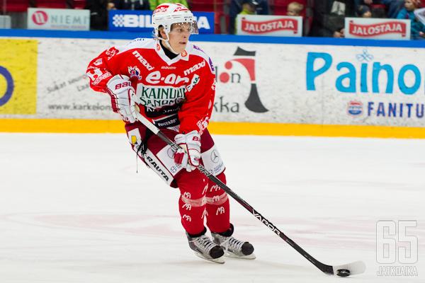 Casper Santanen jatkaa Hokissa myös kaudella 2013-2014.