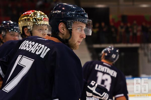 Iossafov tykittää Vantaalla myös ensi kaudella.