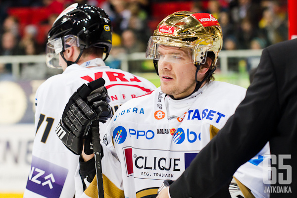 Juha-Pekka Haatajan tilanteeseen ratkaisu viikonlopun aikana.