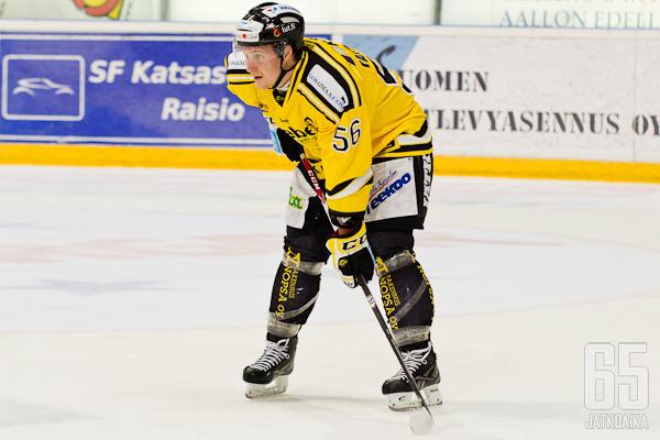 Hyvät pudotuspelit tänä keväänä pelannut Lauri Taipalaus siirtyy tähtirintoihin.