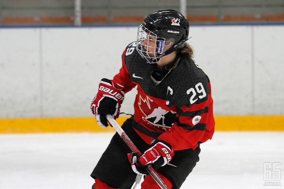 Marie-Philip Poulin iski Kanadan toisen maalin illan ottelussa.