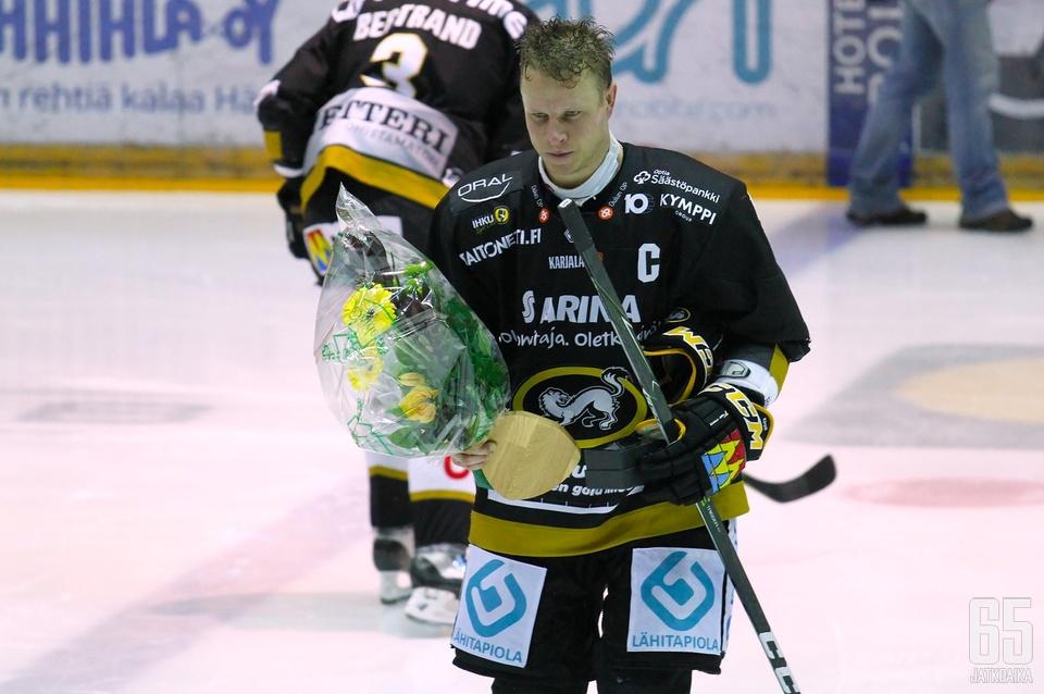 Lasse Kukkonen oli illan juhlan aihe.