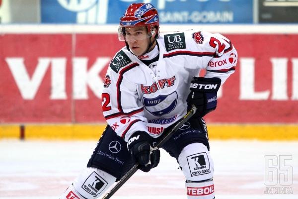 Jason DeSantis kiekkoili viime kauden HIFK:ssa.