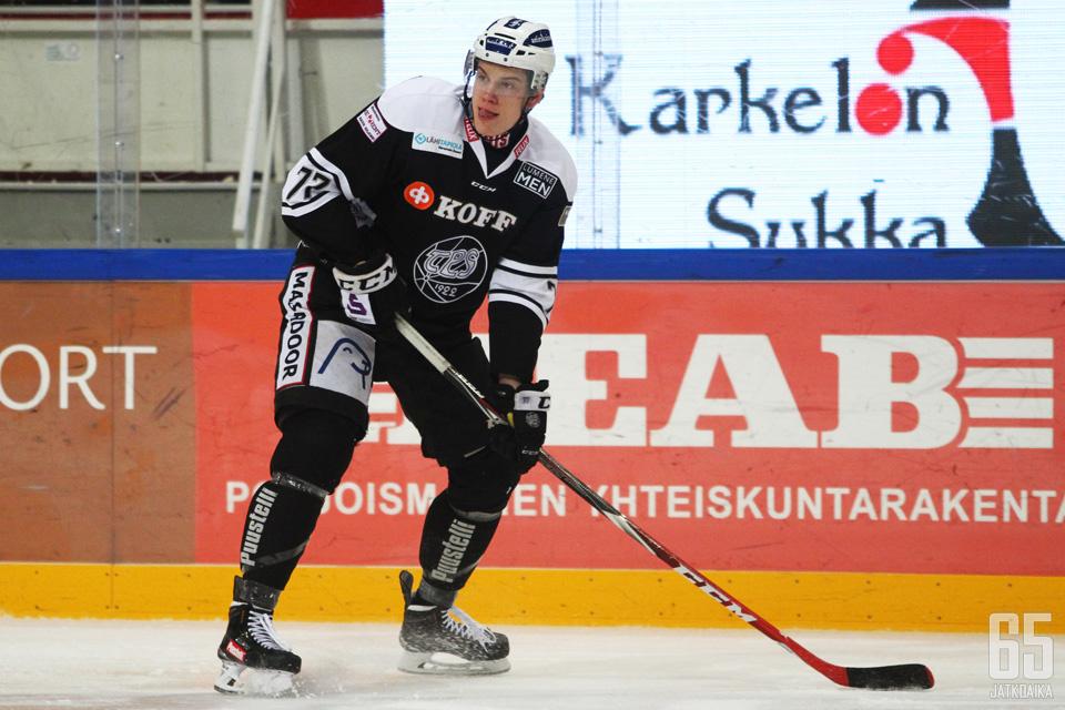 Nemecek edusti TPS:ää kaudella kaudella 2014-2015.