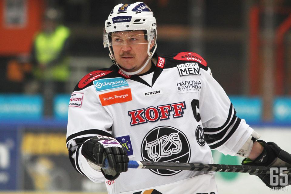 Petteri Nummelin on tekemässä paluuta kotimaan kentille.