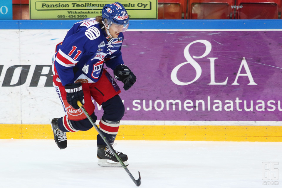 Timi Lahtinen palaa Espoon sinisiin.