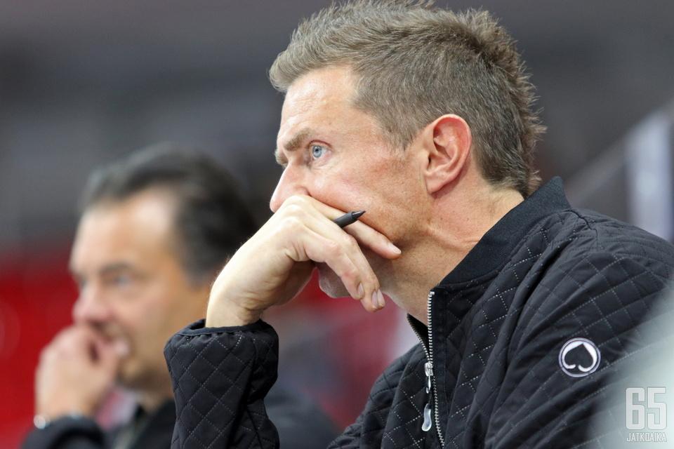 Liiga-kauden lähestyminen mietityttää jo kaikkien seurojen valmentajia.