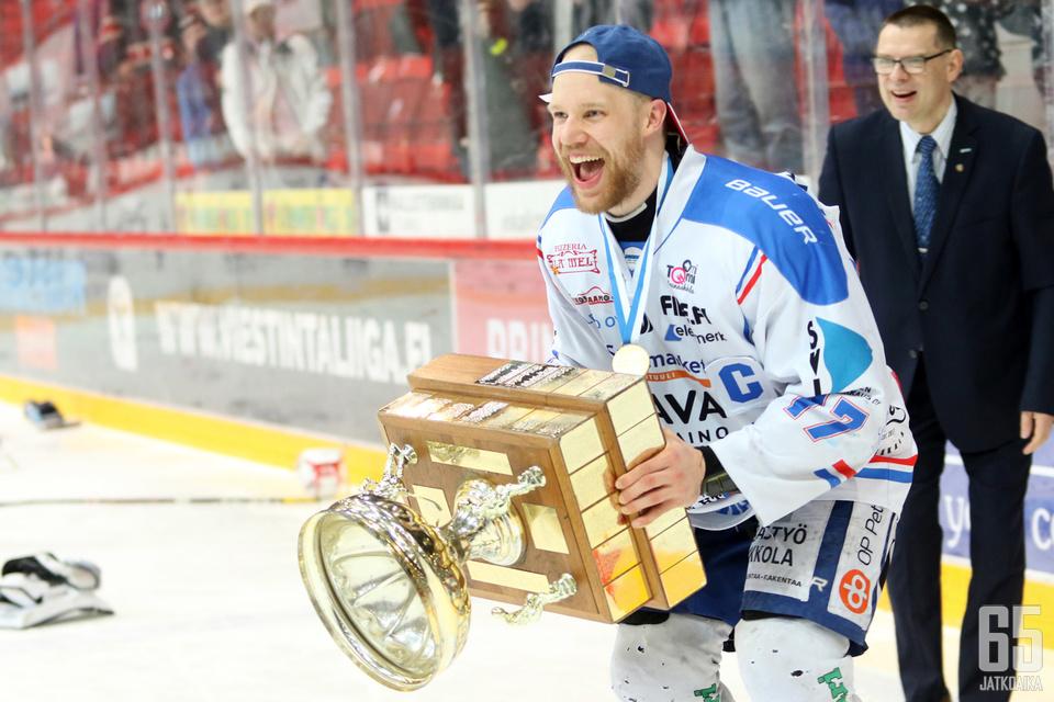 KeuPan Markus Jokinen oli pelaajien äänestämä sarjan paras pelaaja.