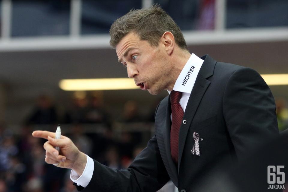 Aho siirtyy valmentamaan Itävaltaan.