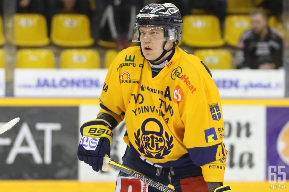 Ramstedt on edustanut liigaurallaan myös Lukkoa.