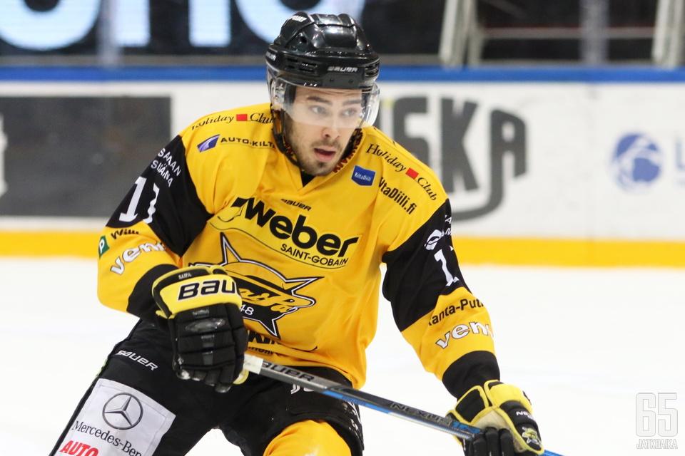 Ahti Oksanen onnistui kahdesti voittomaalikilpailussa.