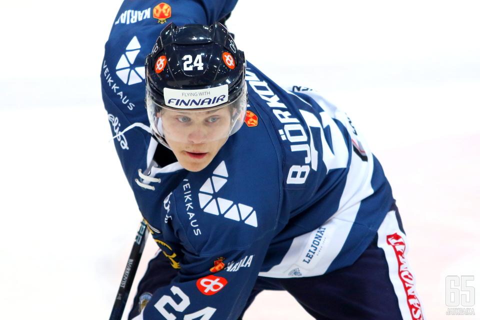 Polvivamma pitää Björkqvistin pitkään sivussa.