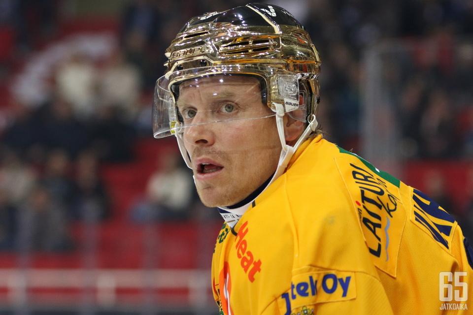 Ville Vahalahden vamma vaatii operointia.