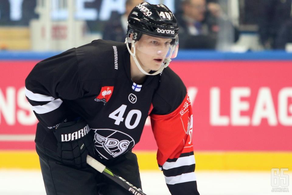 Martin Berger lähtee lainalle Vaasaan.