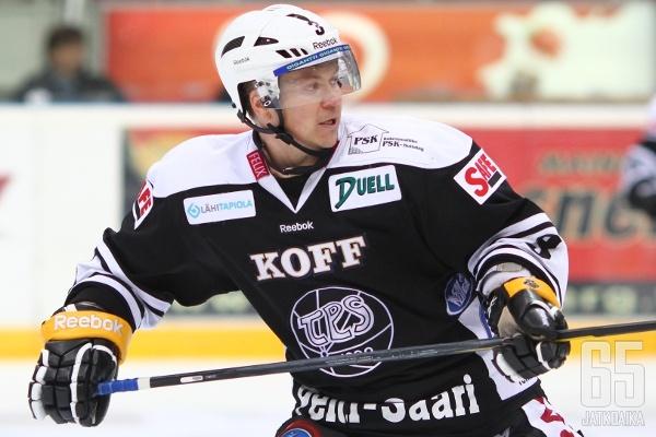 Petteri Nummelin hyppää taas Sveitsin-koneeseen.