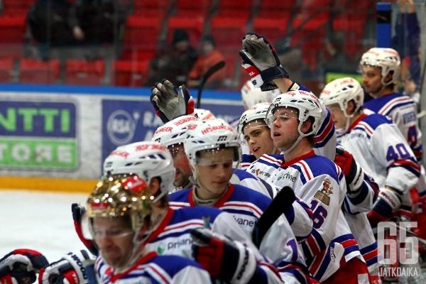 TUTOn kauden alussa asettamat tavoitteet täyttyivät ja joukkue ylsi hienosti Mestiksen kolmannelle sijalle.