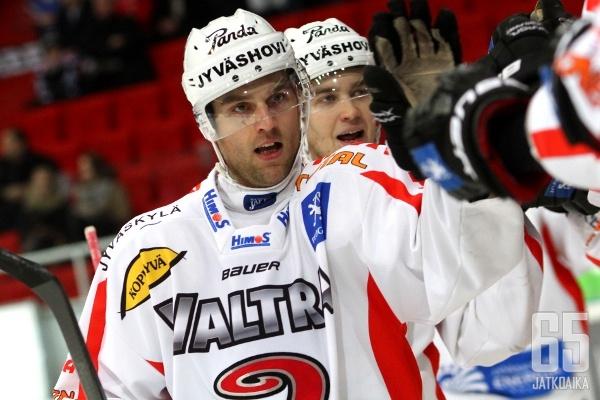 Jääskeläinen pelasi JYPissä yhteensä yli 600 ottelua.