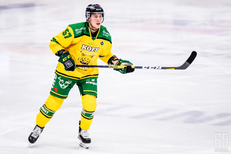 Jarkko Parikka on summannut kuluvalla kaudella 51 ottelussa tehot 3+16=19.