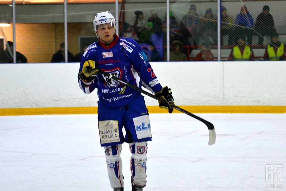 Toivanen pelasi viime kauden pääosin KeuPassa.