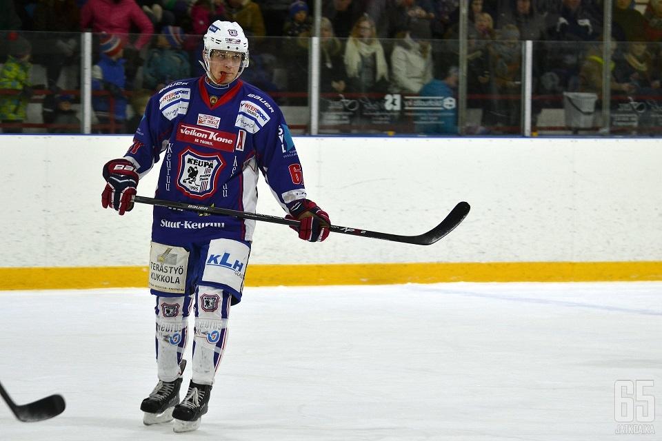 Markus Rämä jatkaa uraansa Suomi-sarjassa.