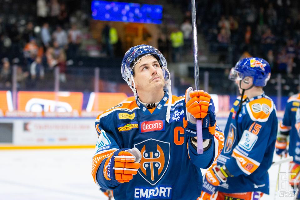 Kristian Kuusela näkee, että Tapparan pelaaminen on mennyt viime viikkojen aikana eteenpäin.