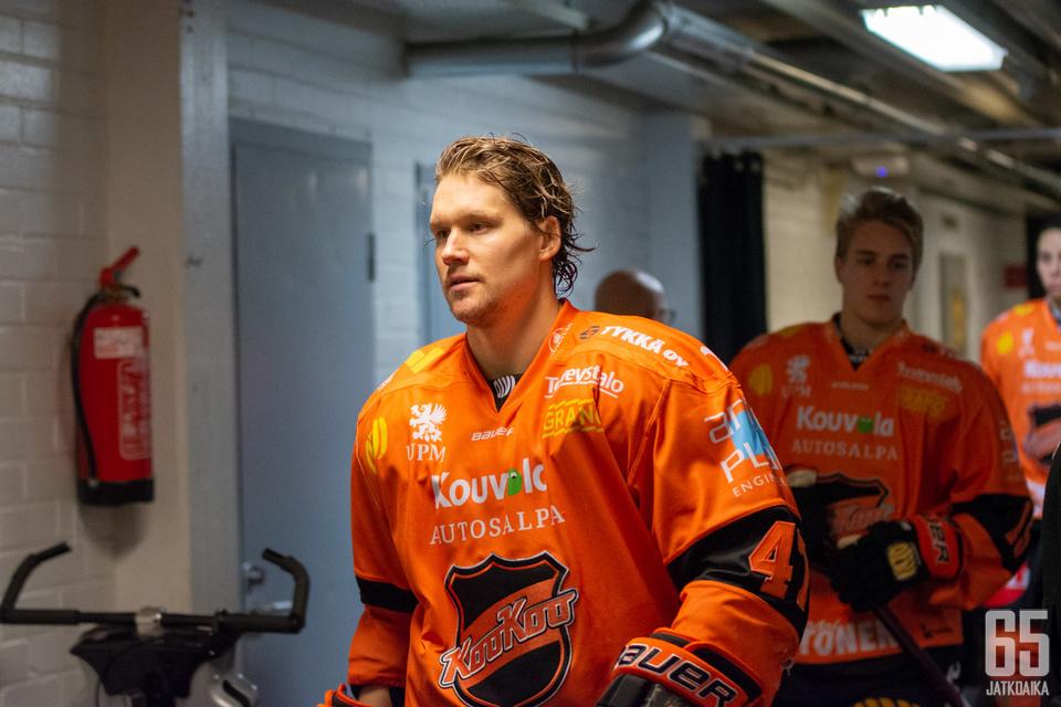 Bonsaksen johdattaa ensi kaudella joukkuettaan kapteenin roolissa.