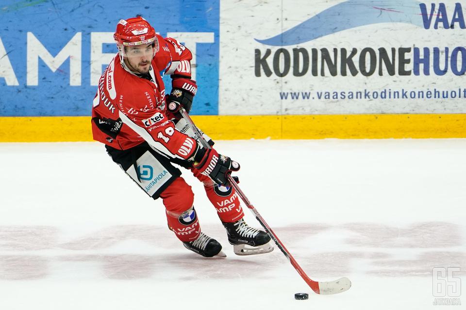 Povorozniouk kärsi tällä kaudella pelikielloista.