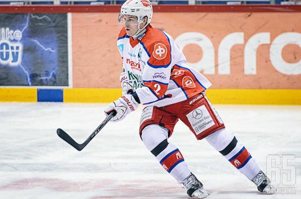 Jussi Makkonen vaihtaa Mestiksen II-divisioonaan.