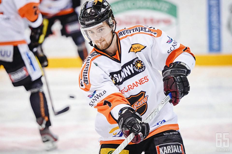 Jyrkkiö pelasi Suomessa viimeksi KooKoossa.