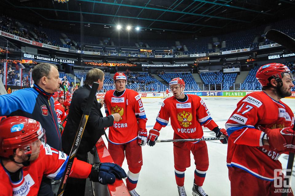 Venäjä saa jälleen kovan joukkueen perjantaina alkaviin MM-kilpailuihin.