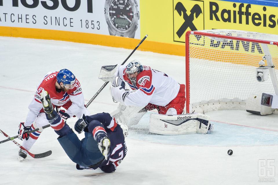 MM-kisoissa makuupaikkoja jaellut Nakládal siirtyy NHL:ään.