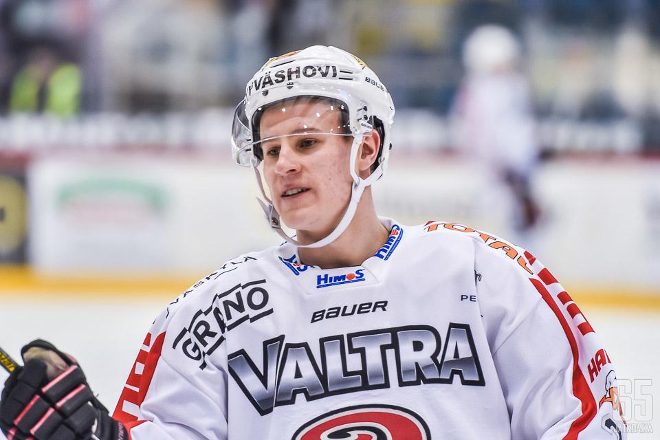 Salonen on pelannut JYPissa tällä kaudella 35 ottelua tehoin 2+6.