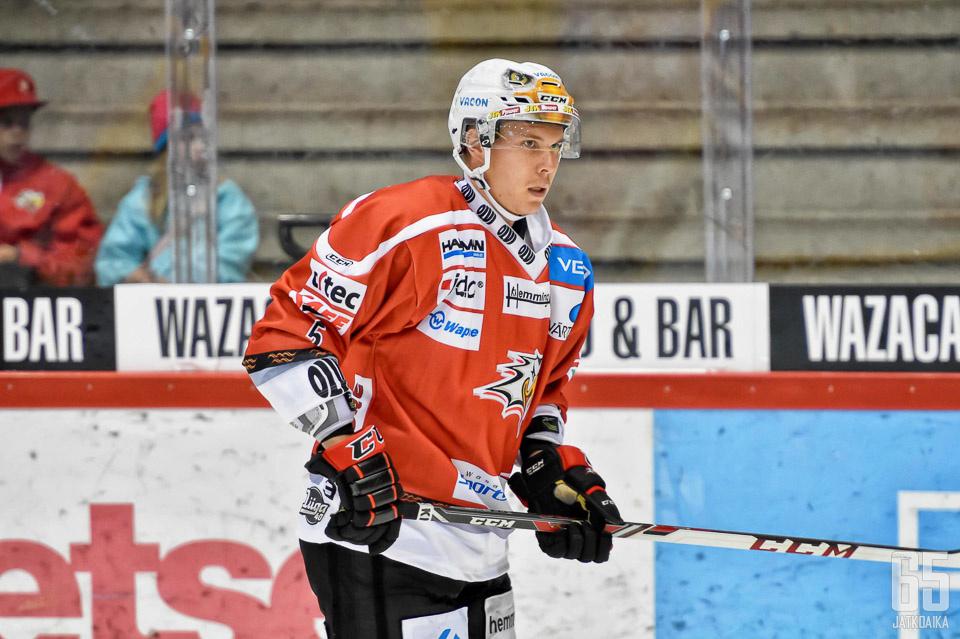 Heikkinen jäi viime kaudella vaille peliaikaa Vaasassa.