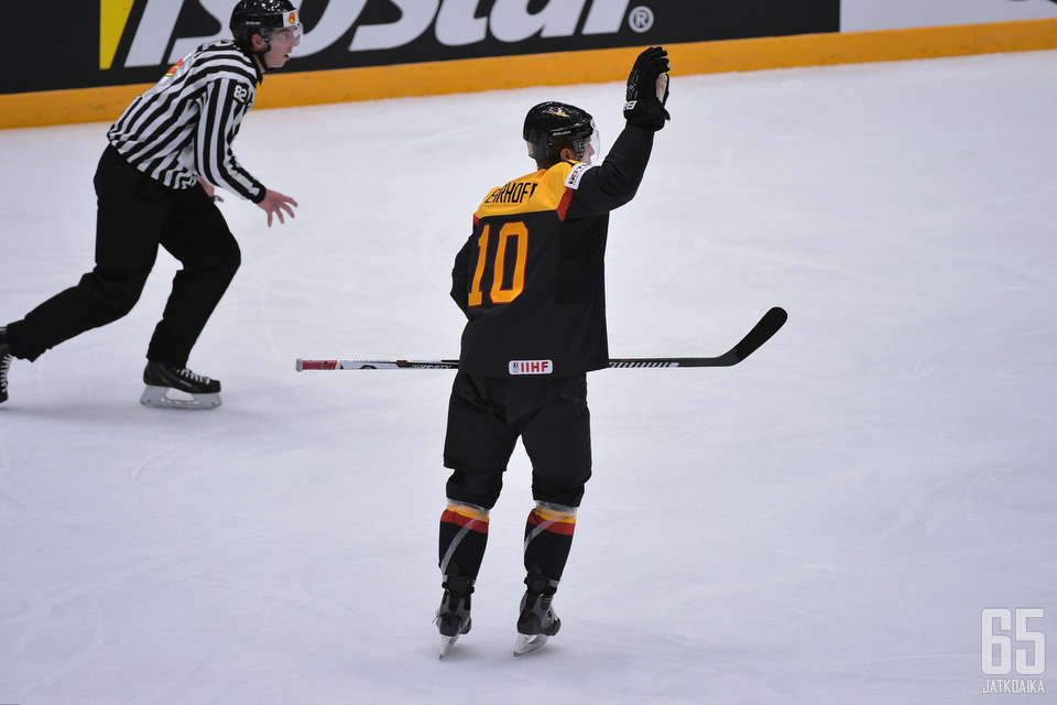 Christian Ehrhoff kuuluu Saksan olympiajoukkueen johtohahmoihin.
