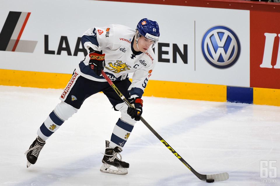 Tomi Sallinen siirtyy KHL:ään.