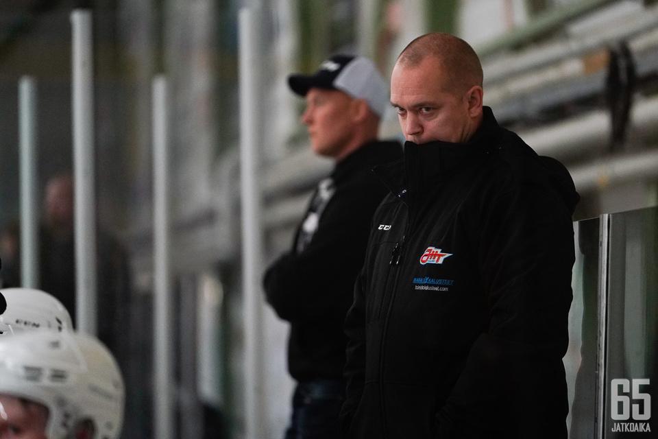Petrell on saanut tänä vuonna juhlia jo nelikymppisiään ja Suomi-sarjan mestaruutta. Vieläkö on luvassa nousujuhlat?