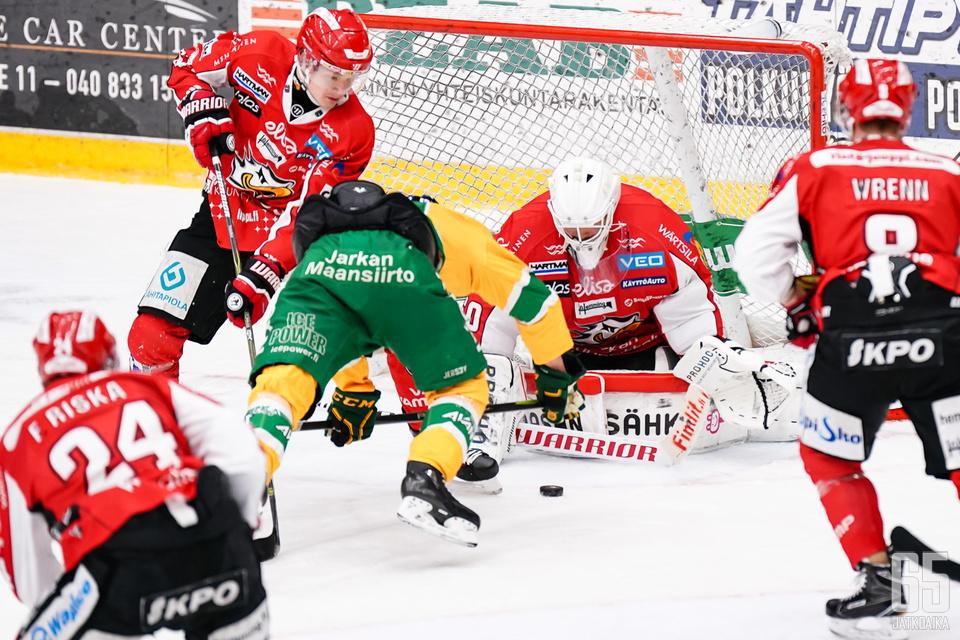 Ilves haki pisteet Vaasasta.