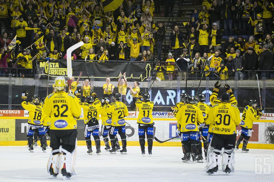 Kuopiolaisilla oli aihetta iloon toisen puolivälieräottelun jälkeen.