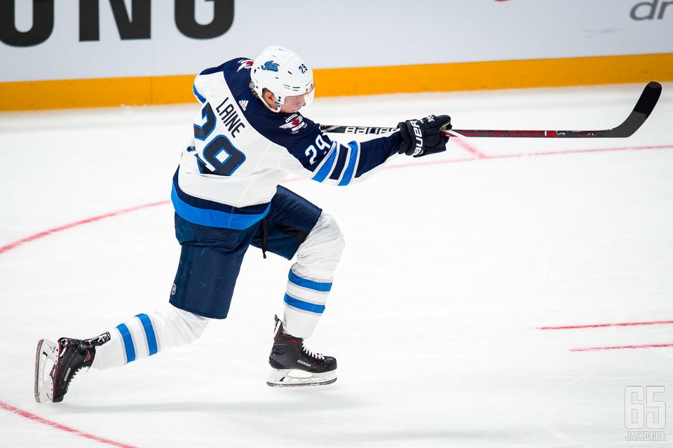 Patrik Laine on tällä hetkellä koko liigan kuumin maalintekijä.