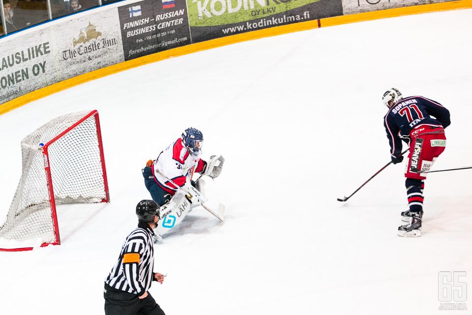 Iiro Sopanen piipahti viime kaudella myös SaPKossa.