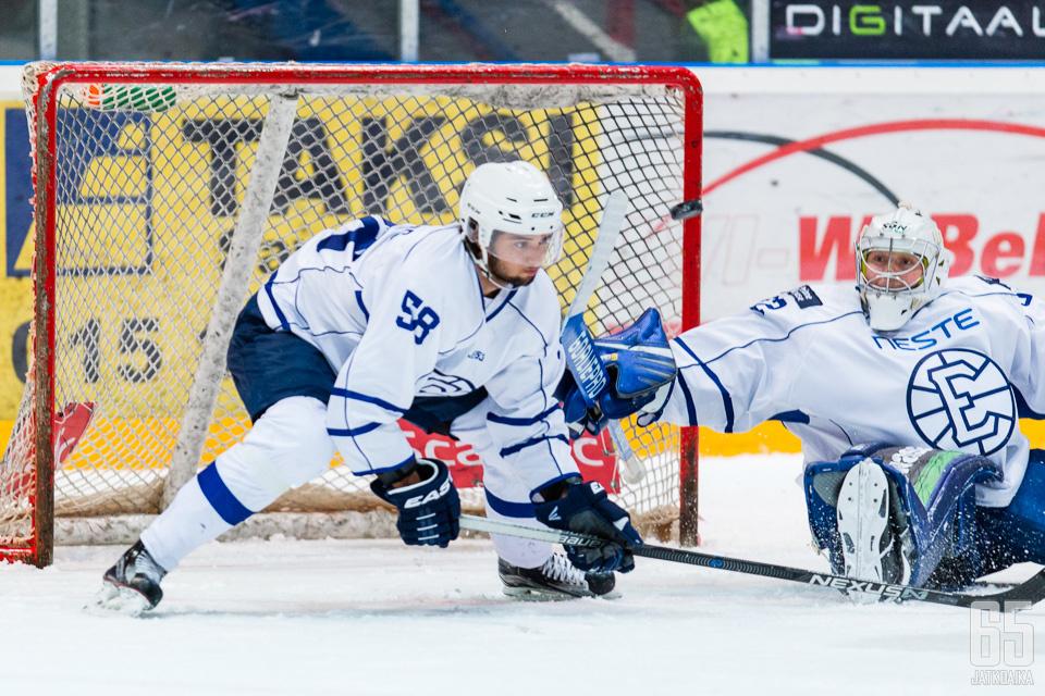 Moberg on pelannut viime kaudet Espoossa.