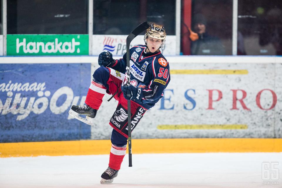 Niklas Salo oli kuluneella kaudella SaPKon kärkipelaajia.