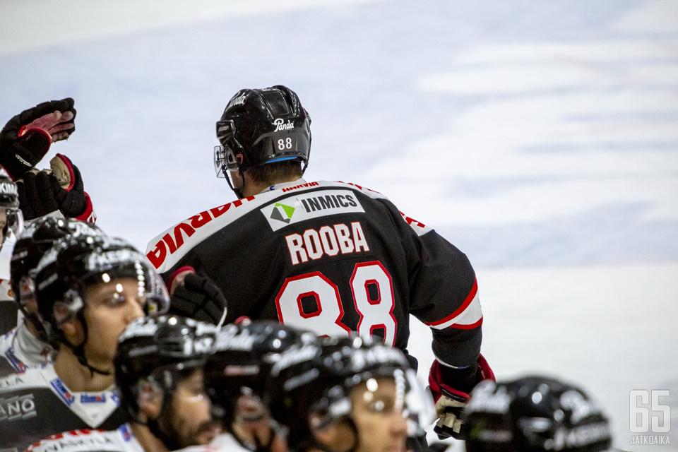 Robert Rooba iski JYPille tärkeän maalin.