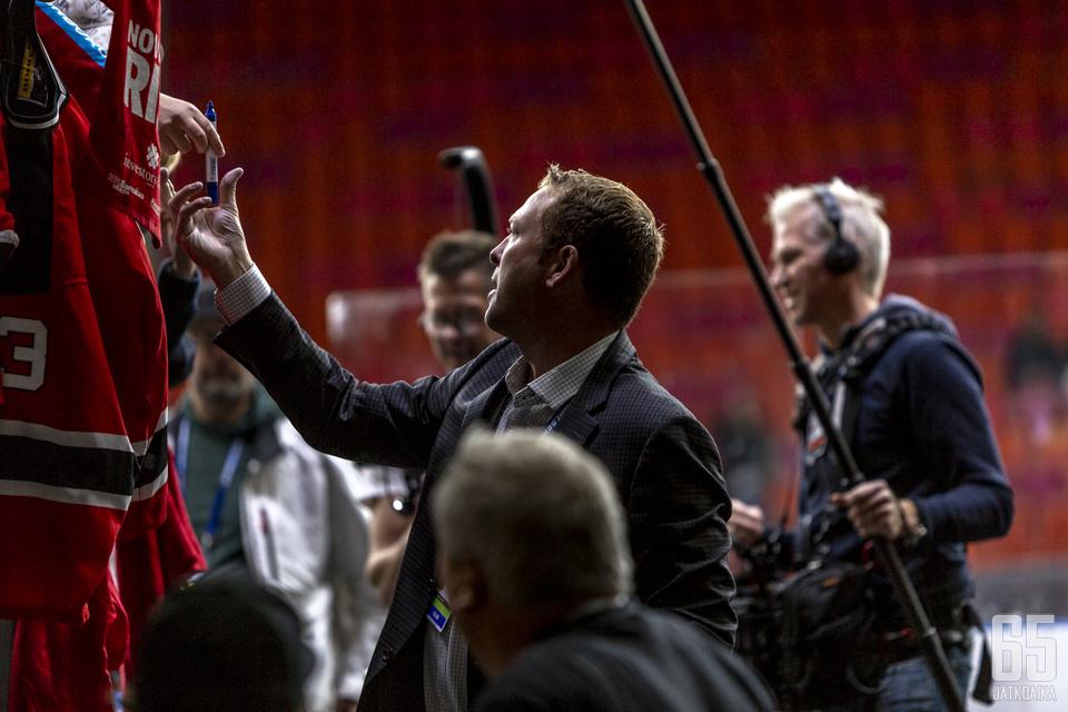 Martin Brodeur keräsi Göteborgissa huomiota osakseen.