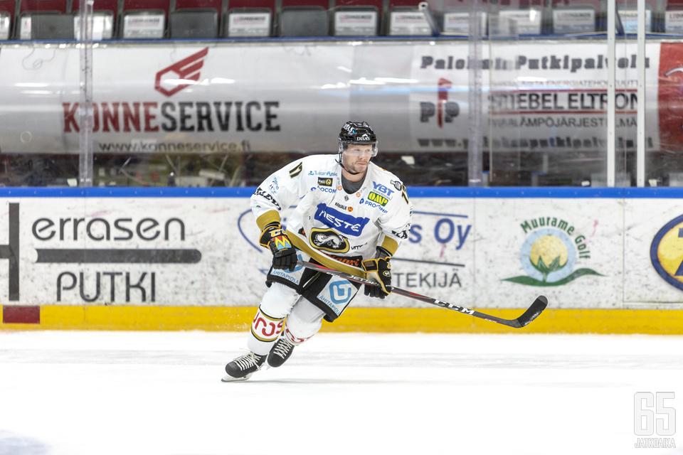Mika Pyörälä rikkoi 160 liigamaalin rajan SaiPaa vastaan.