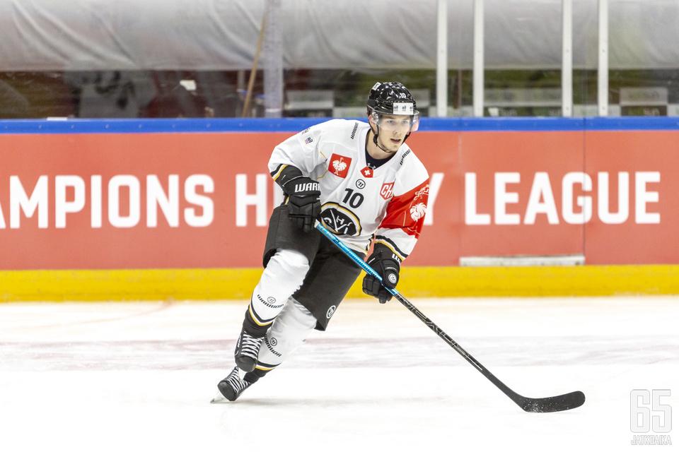 Haapala esiintyi viimeksi HC Luganon paidassa.
