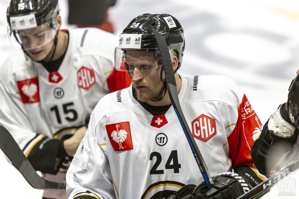 Lajunen on pelannut HCL-paidassa myös CHL-kiekkoa.