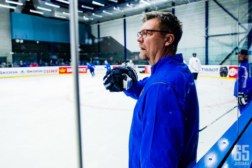Jukka Jalosen ja Suomen etu viime kevään MM-turnauksessa oli, että joukkue pysyi pitkälti samana.