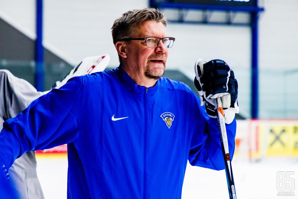 Jukka Jalonen on todella isossa roolissa suomalaisessa jääkiekossa.